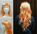 Hosszú narancs-fehér hullámos paróka